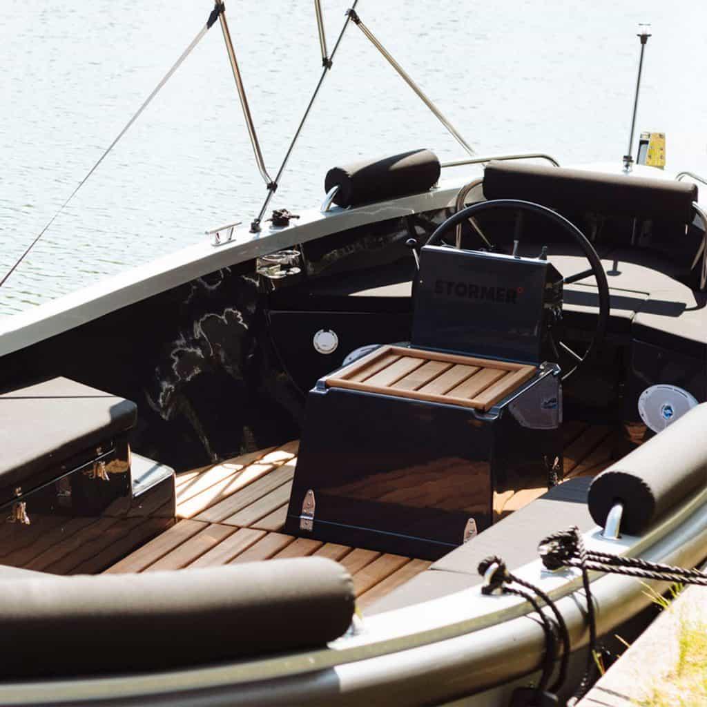 stormer lifeboat gray huren